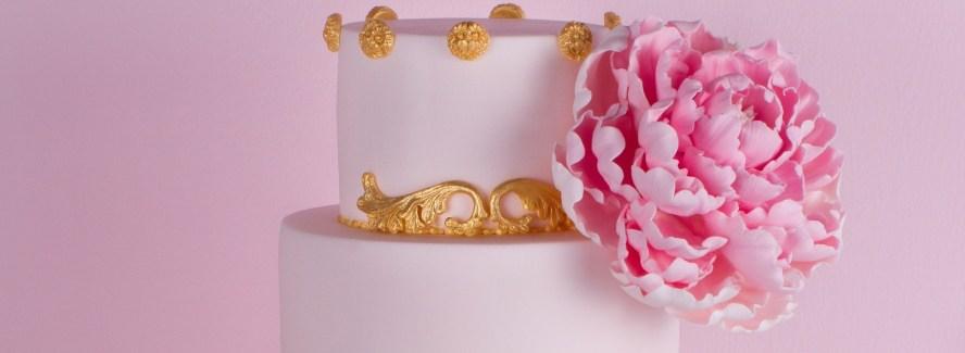 Peonia y ornamentos